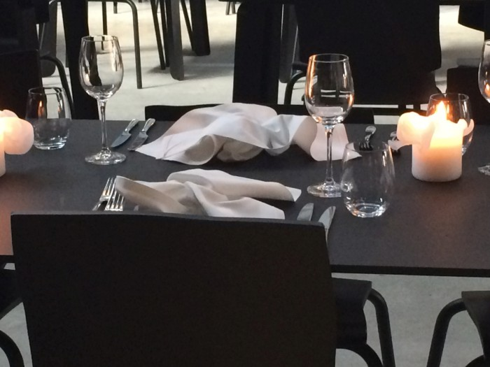 Kazerne Ansicht Restauranttisch